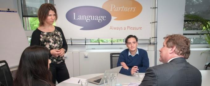 Zakelijke taalcursussen in 52 talen